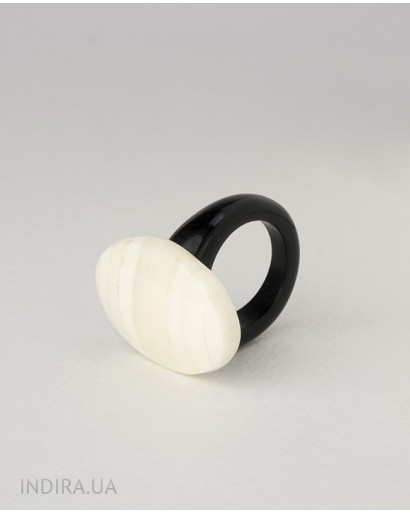 Horn and bone ring