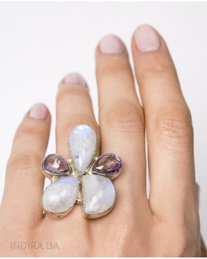 Кольцо с лунным камнем и аметистом