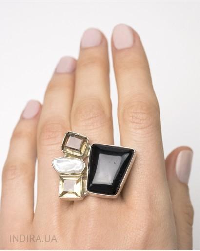 Кольцо с чёрным агатом, цитрином и барочным жемчугом
