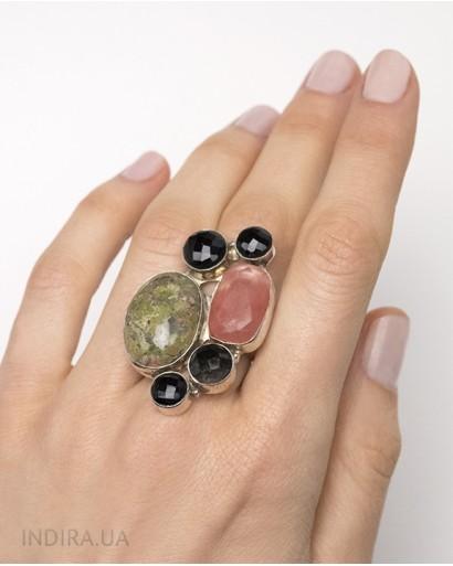 Кольцо с арбузным кварцем, пейзажной яшмой и черным агатом