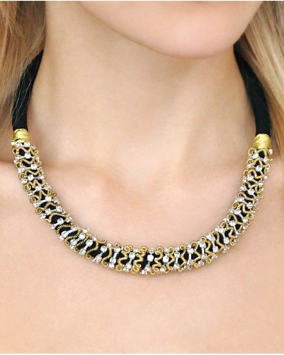 Metal and thread necklace