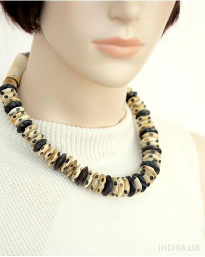 Ожерелье из рога оленя