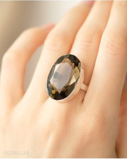 Кольцо с имитацией дымчатого кварца