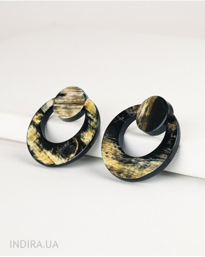 Сережки з рога