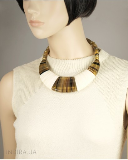 Ожерелье из рога и кости