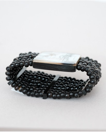 Horn stretch bracelet