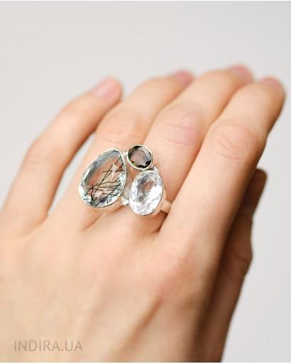 Кольцо с дымчатым, рутиловым кварцами и горным хрусталем